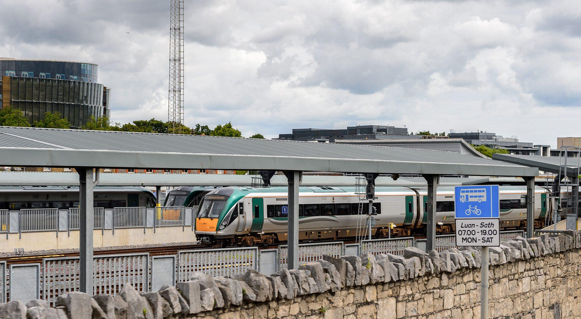 Irish-Rail-Telecoms-Workshop-re-roofing
